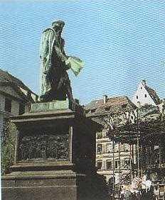 Gutenbergplatz - Strassburg Fuehrungen